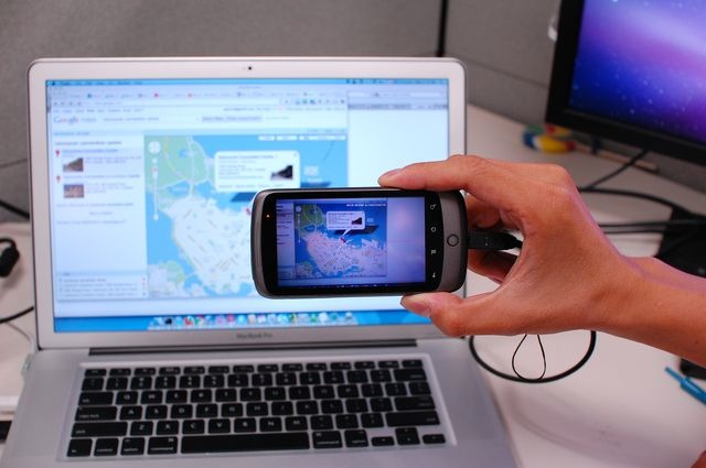 Deep Shot uses camera to move application states between ...