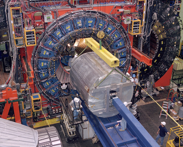 Tevatron produces neutron-like particle with strange, bottom quarks