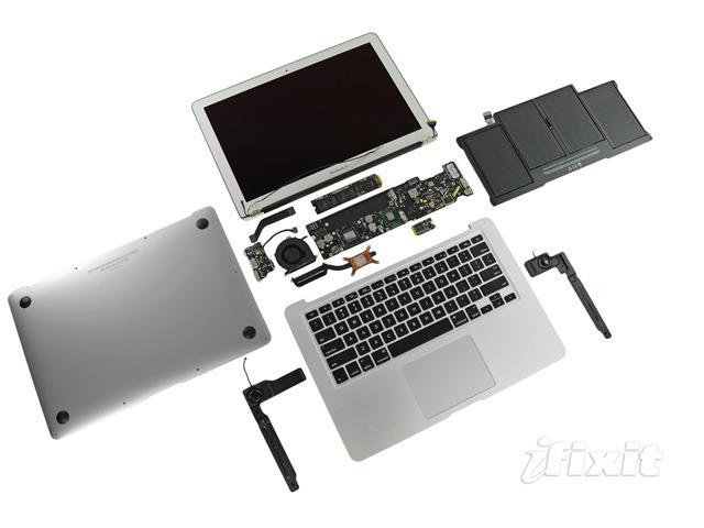 Sandy Bridge's GPU makes room for Thunderbolt in new MacBook Air