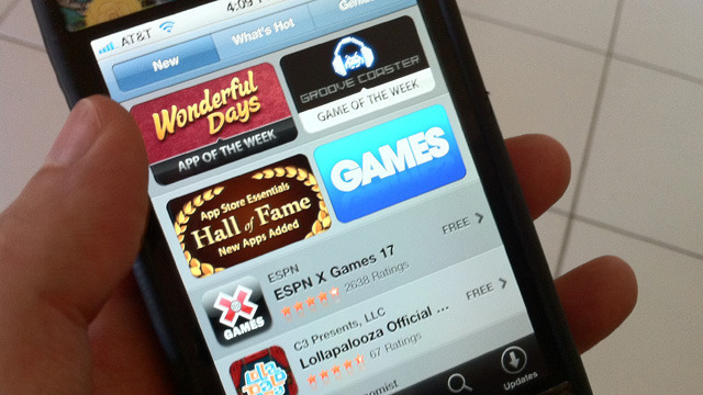 Developers still divided on mobile app monetization, but love the cloud