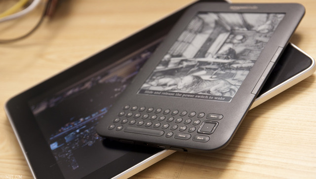 Apple, publishers conspired against $9.99 Amazon e-books, says lawsuit