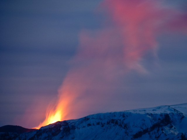 If an Icelandic volcano erupts, would tragic history repeat?