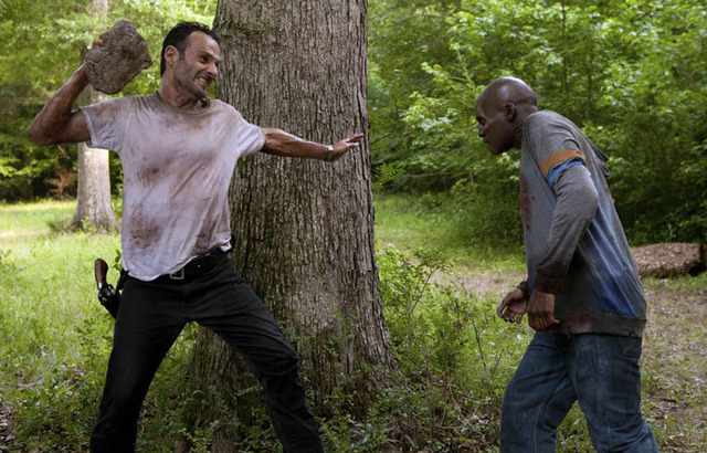 Walking Dead premiere offers scares, mixed with limp soap opera (Full spoilers)