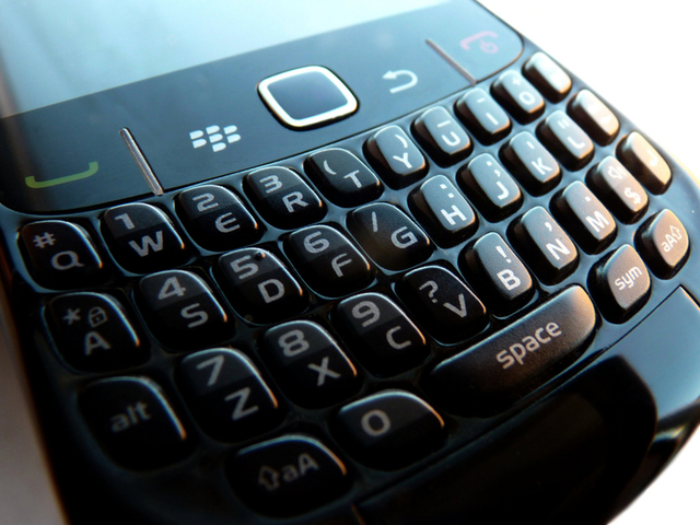 RIM's new CEO could license BlackBerry software to rival vendors