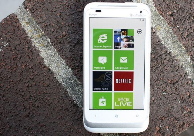 Leaked Windows Phone 8 vid: Windows 8 kernel and integration, multiple cores