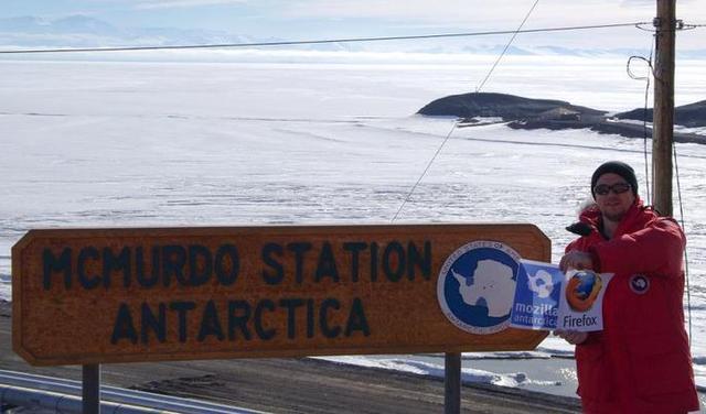 Mozilla Antarctica community member Justin Miller at McMurdo Station