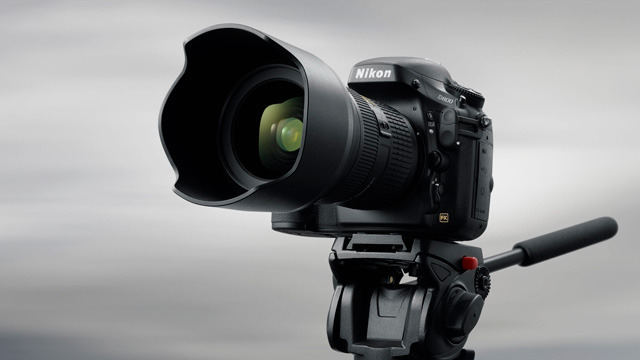 The D800 is compact enough to use in the field, but its 36.3MP resolution will be right at home in the studio.