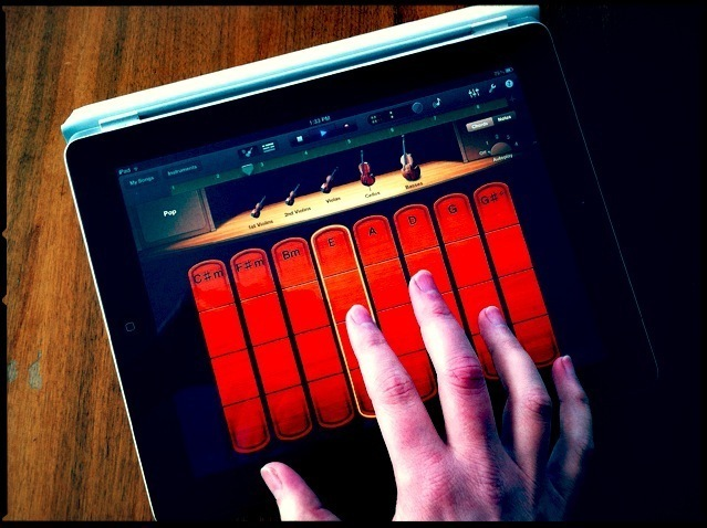 Mini-review: GarageBand update brings Smart Strings, Bluetooth jamming