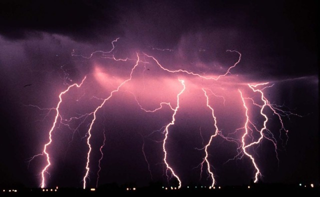 Week in science avoids the lightning, gets hit by a neutron