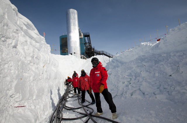 Coolest Jobs In Tech Literally Running A South Pole Data Center Ars Technica