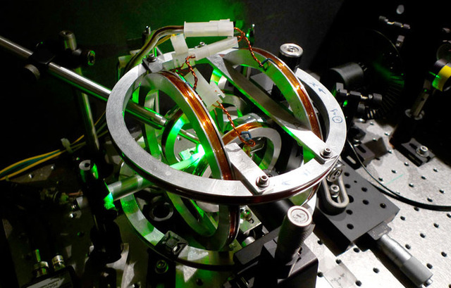 Researchers find a way to keep quantum memory and logic in synch
