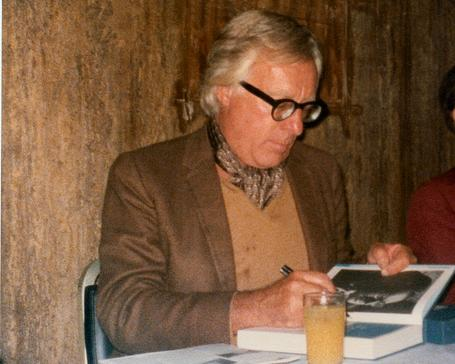 Ray Bradbury at a signing in 1977