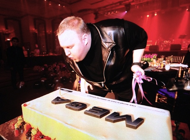 Partying with the Megacake, Kim Dotcom-style