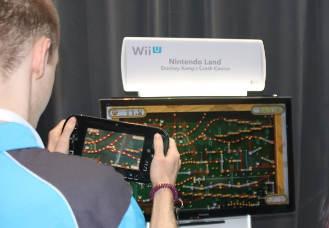 Replace that bulky Wii U GamePad with a Wii Remote in this picture and tell me it doesn't look more comfortable...