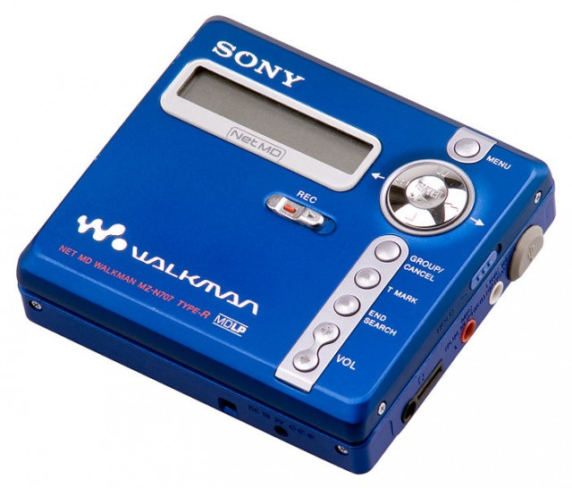 A Sony Net MD Walkman NZ-N707