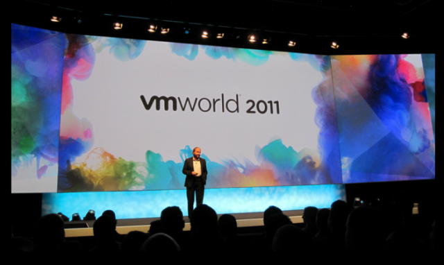 Soon-to-be-ex-VMware CEO Paul Maritz addresses the crowd at last year's VMworld.