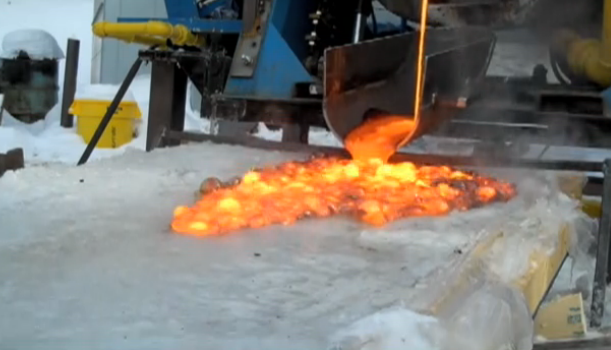 Syracuse makes real lava in parking lot for kicks (and science)