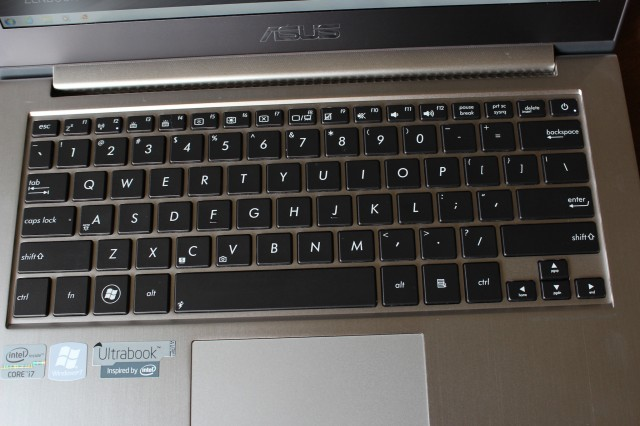 The UX31A's keyboard is easy to type on and has slightly better travel than comparable Apple keyboards.