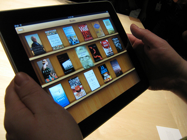 The return of cheap e-books? Apple, publishers bend in Europe, too