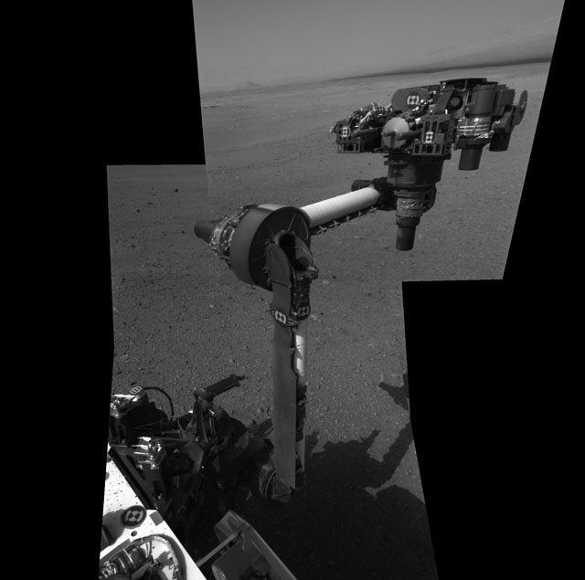 Curiosity's robotic arm and tool array