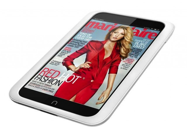 "The Nook HD measures 7.65"" x 5.00"" x 0.43"" (194.4mm x 127.1mm x 11.0 mm) and weighs 11.1 ounces (315 grams)."