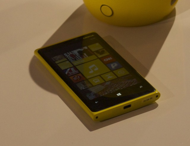 A yellow Lumia 920 appears!