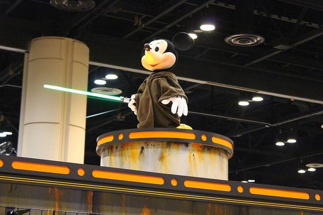 Updated: Walt Disney buys LucasFilm, promises Star Wars Episode 7 in 2015