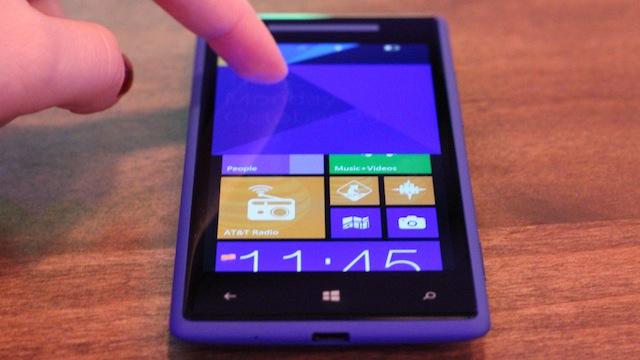 Deboxing the HTC Windows Phone 8X