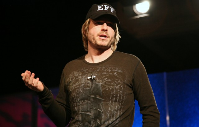 Peter Biddle speaks at the ETech conference in 2007.