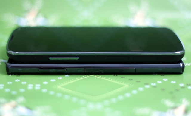 The Optimus G has a pull-out tab that houses a microSIM and microSD slot, while the Nexus 4 microSIM slot requires a push-pin to eject it.