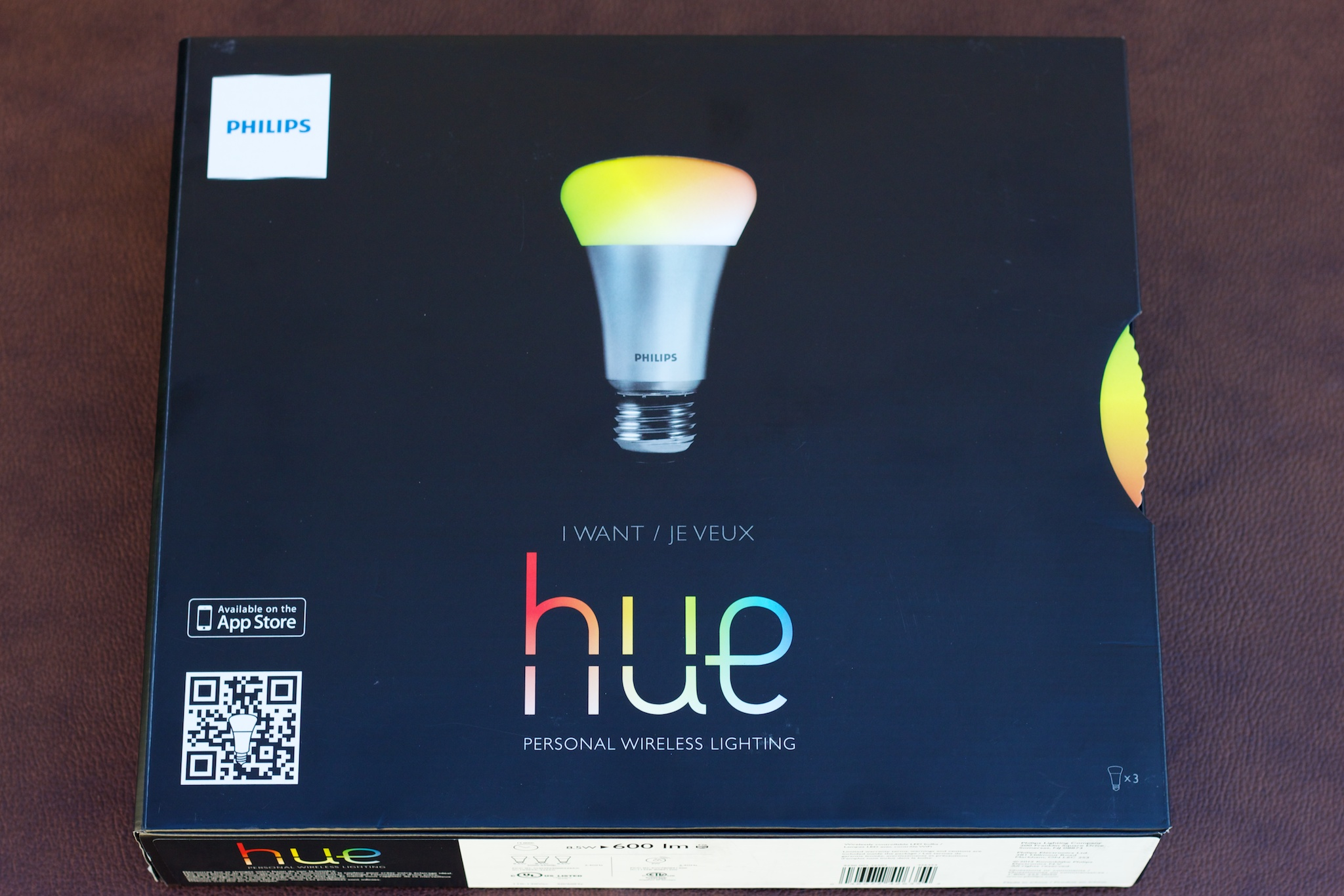 In Living Color Ars Reviews The Hacker Approved Philips Hue Leds