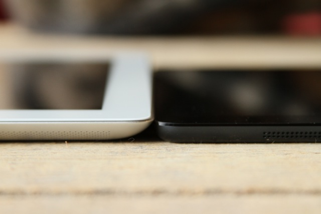 Third-gen iPad on the left, iPad mini on the right