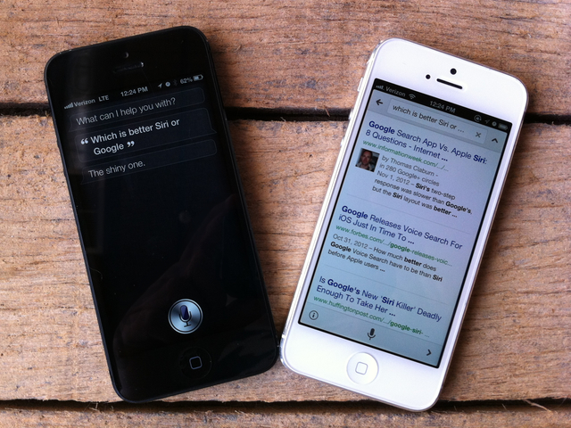 Siri versus Google Voice Search: Fight!
