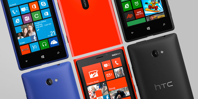 Windows Phone 8 hits AT&T stores, preorders open on Verizon