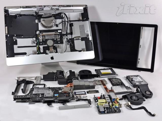 Compared to the new iMac, the previous-generation 27-inch iMac's guts look like a messy technology yard sale.