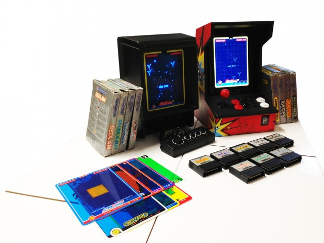 The original Vectrex (left) and the iOs recreation, seen with an iCade