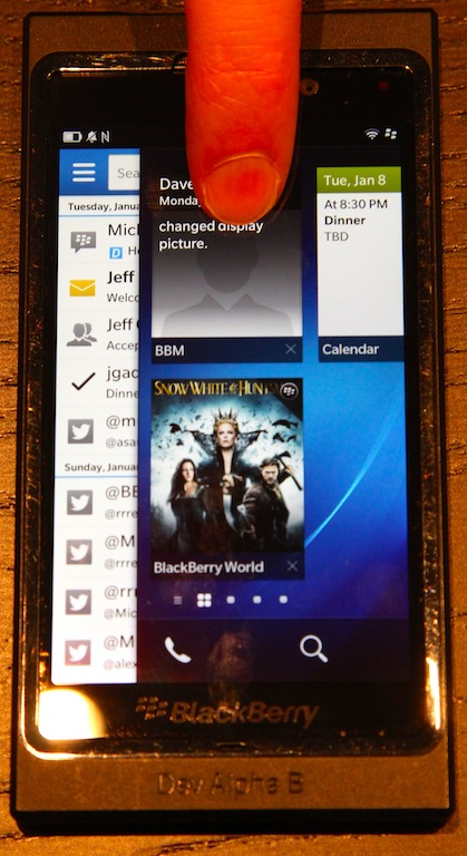A slide to the right reveals the BlackBerry Hub.