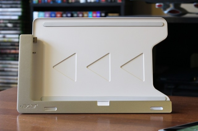 The dock by itself—note the USB and power plugs on the left.
