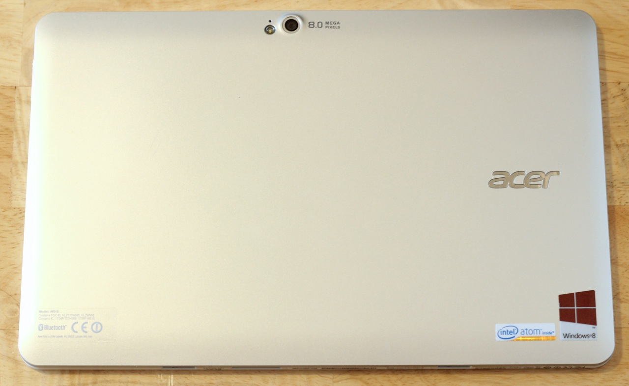 The silver plastic back of the W510, broken only by the eight megapixel camera and LED flash in the top-center of the tablet.