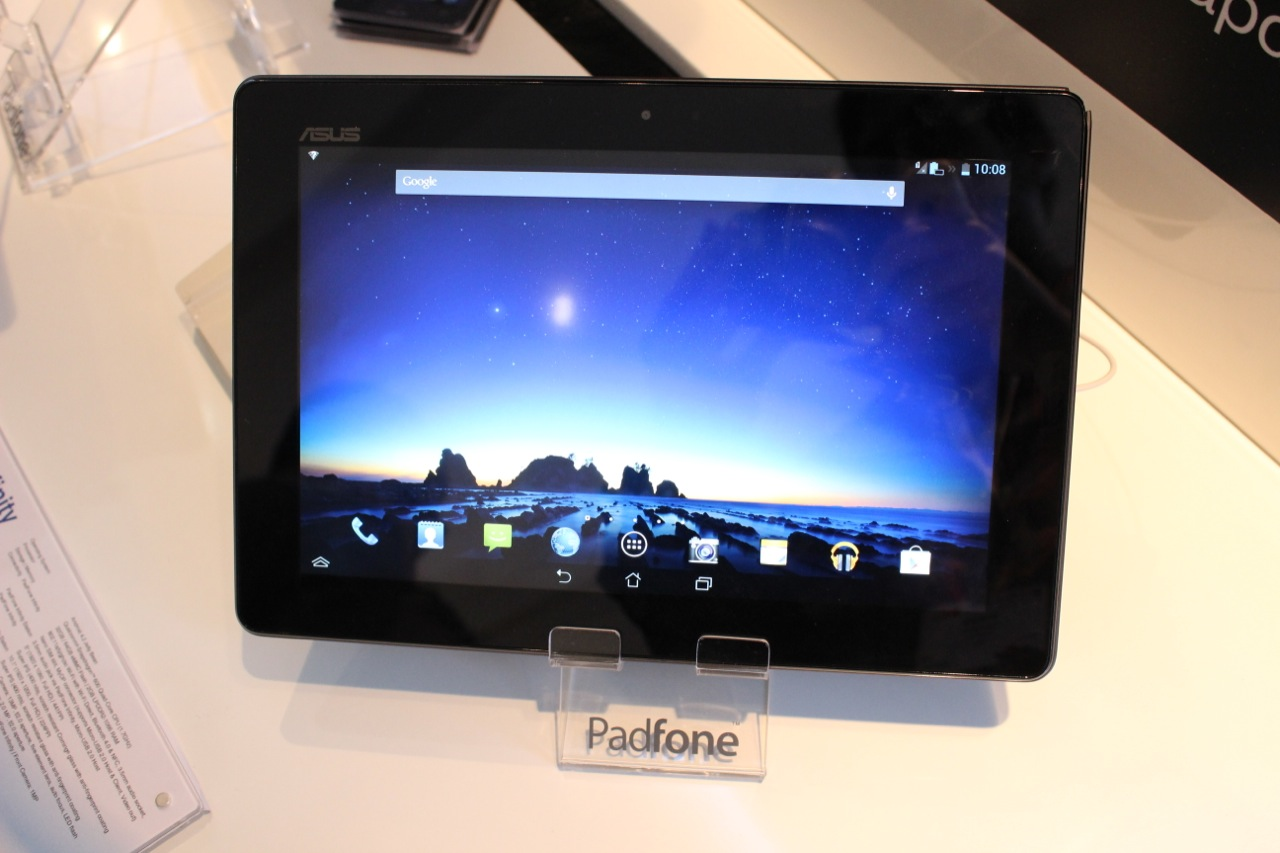 Slide the phone into the tablet-dock, and it switches seamlessly into tablet mode.