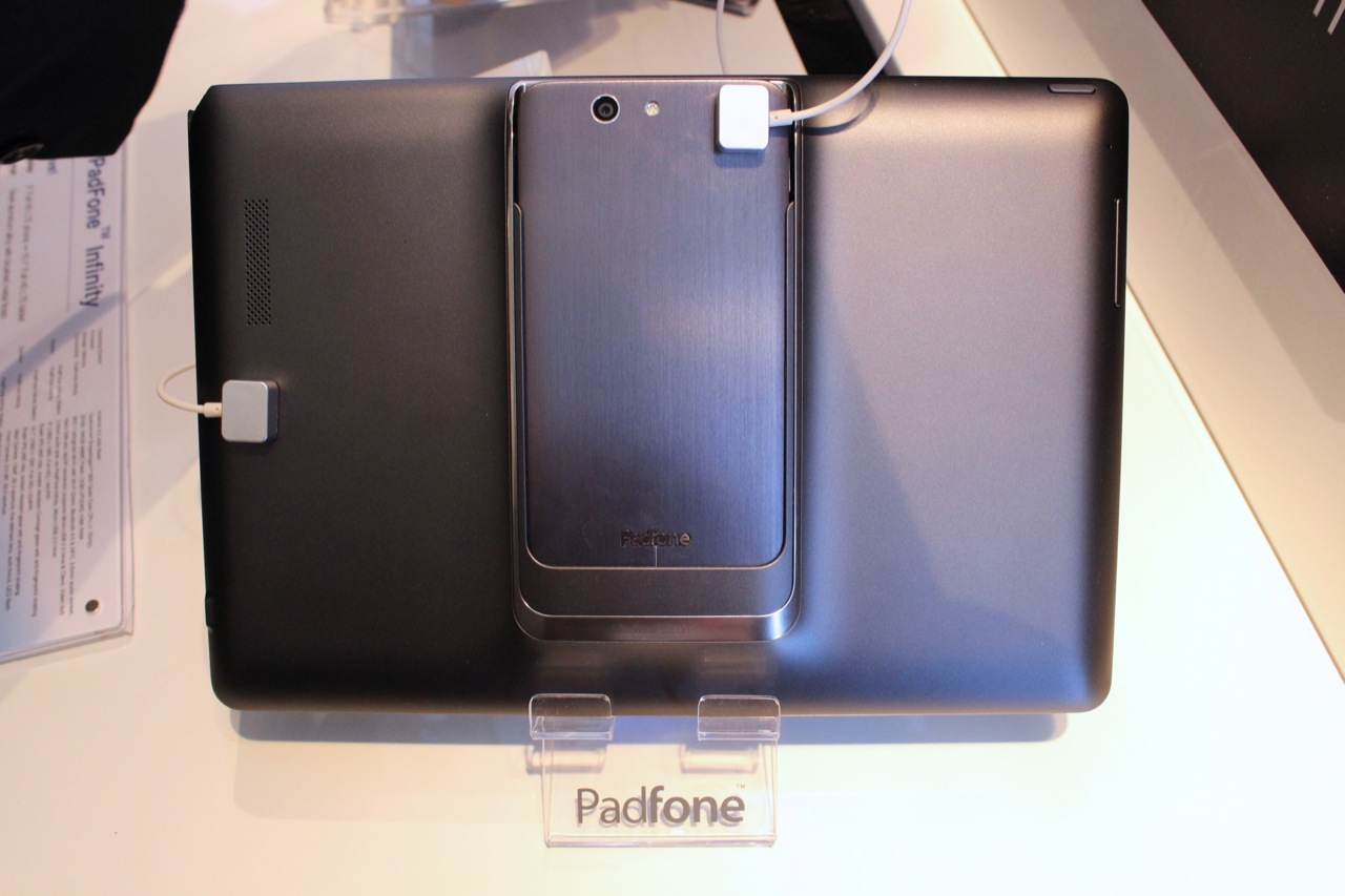 The PadFone phone nestled safely in the PadFone pad.