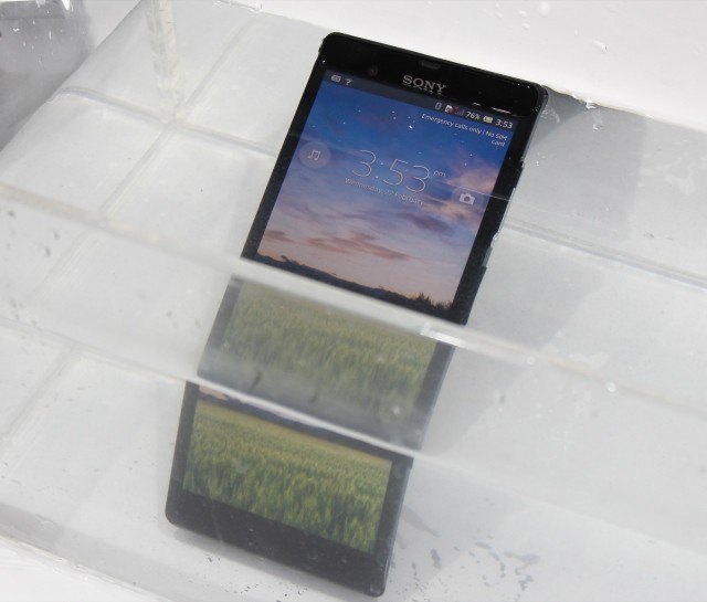 The Xperia Z takes a bath—you can still press the power button and interact with the screen when it's underwater.