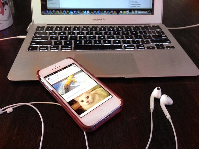 iOS app-a-palooza: MLB At Bat, Mokriya for Craigslist, and more