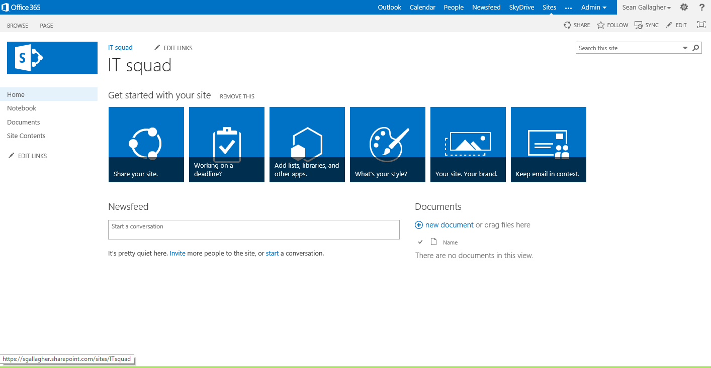 A brand new SharePoint 2013 team site, waiting to be customized.