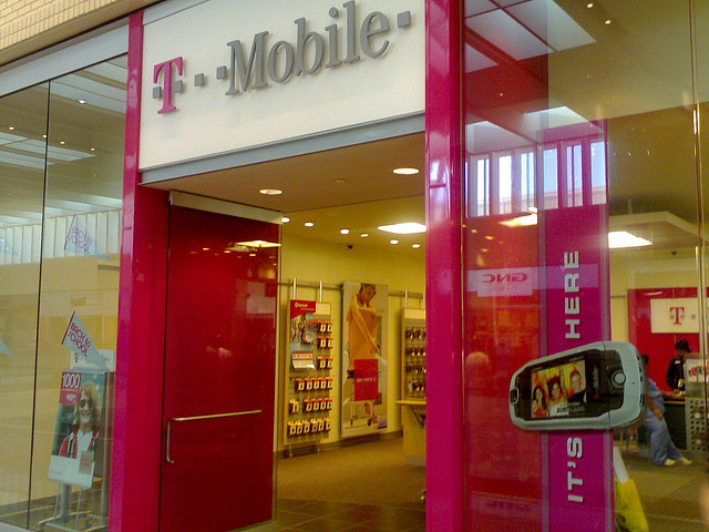 After months of speculation, T-Mobile finally ditches cellphone contracts