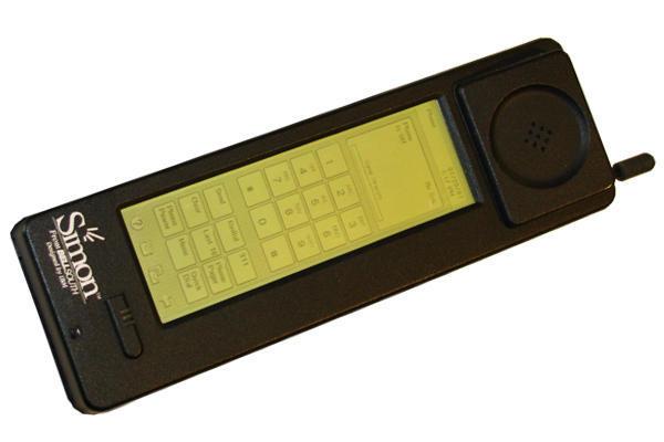 IBM Simon Communicator Communicator: handset besar, layar besar, dan stylus untuk input sentuhan.
