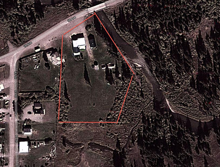 If you act fast, 6,750 BTC can get you this fine 3.6 acre property.