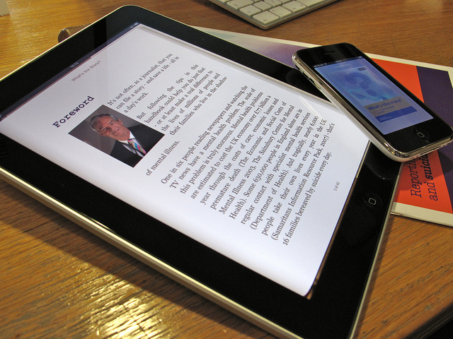 Apple follows Amazon with patent for resale of e-books, music