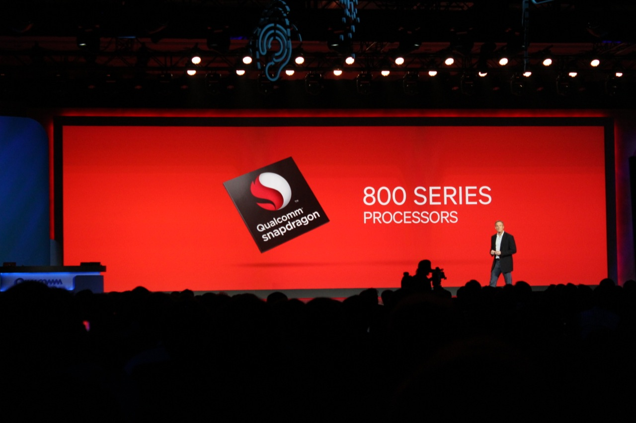 Qualcomm CEO Paul Jacobs introduces the Snapdragon 800 series SoCs at CES 2013.