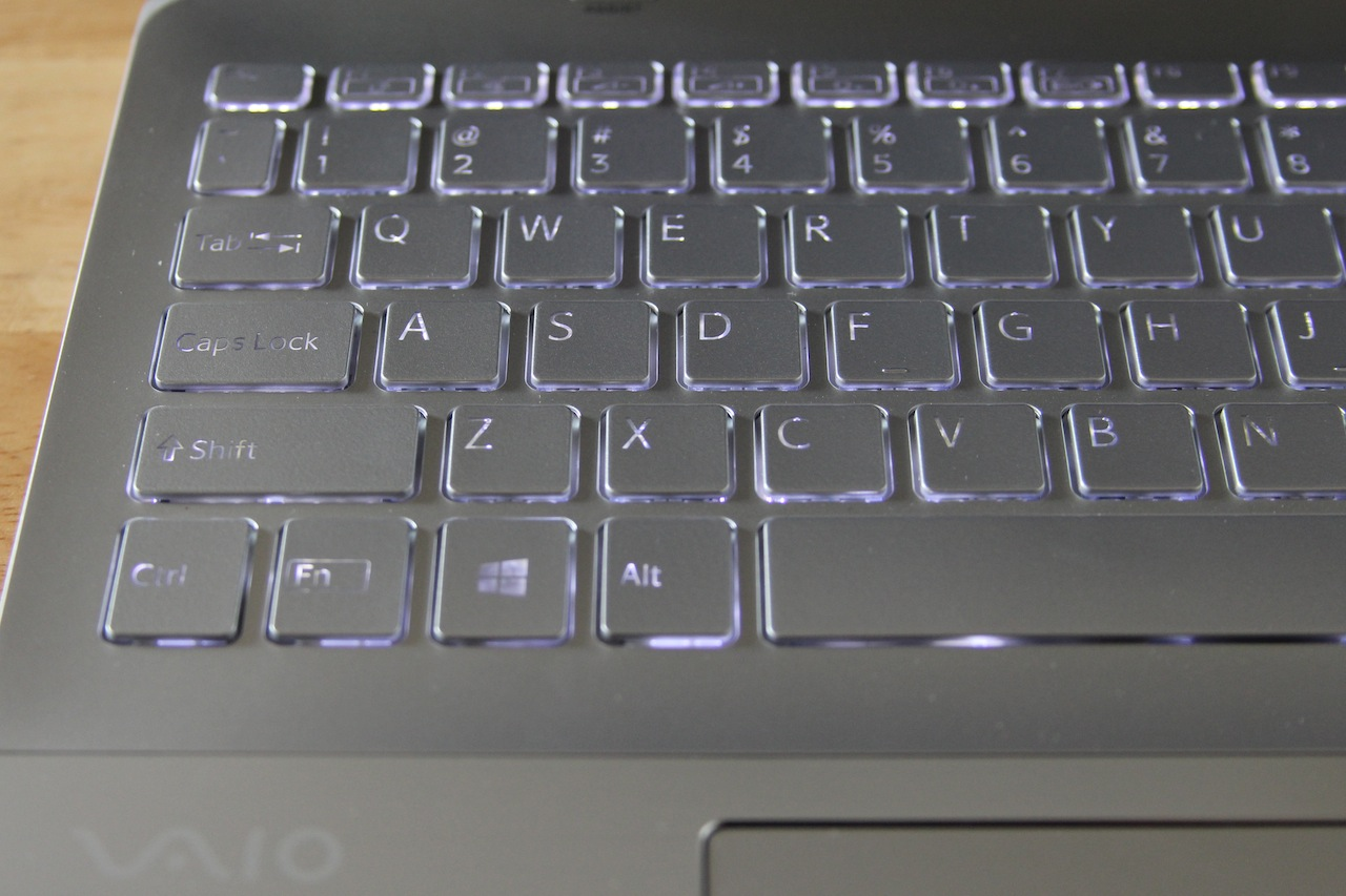 The keyboard backlight is also quite uneven.